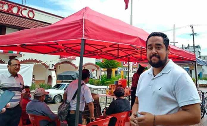 No se retira plantón sindical de la plaza