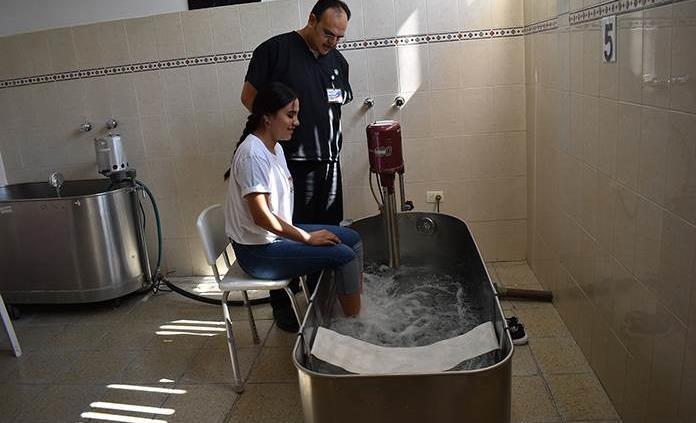 Ofrece el CRI de Matehuala hidroterapia