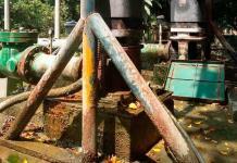 Con bomba prestada, restablecen el agua en zona tének