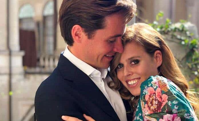 El príncipe Andrés anuncia el compromiso de su hija Beatriz