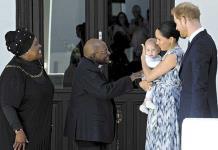 Enrique y Meghan visitan con su hijo Archie al Nobel Sudafricano Desmond Tutu
