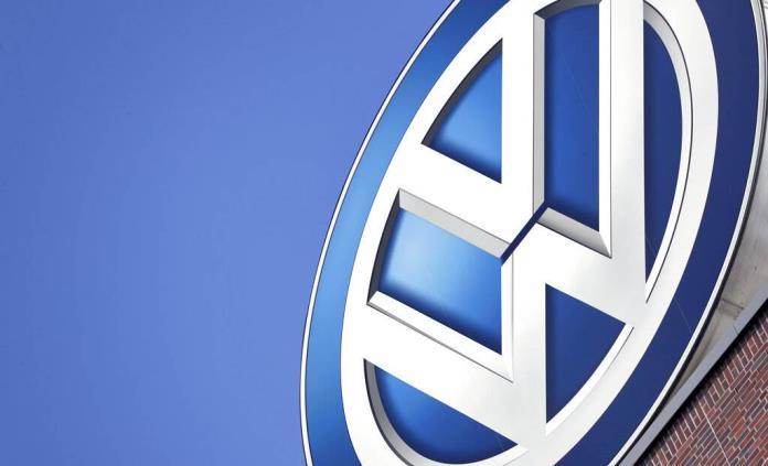 Volkswagen llama a revisión el Golf 8 por un problema con el software