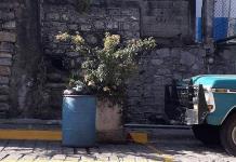 Retirará contenedores de basura en Xilitla