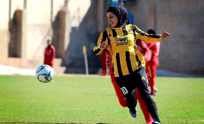 La pasión por el futbol de las jugadoras iraníes rompe barreras