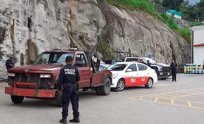 Una expolicía agrede a inspectores de SCT
