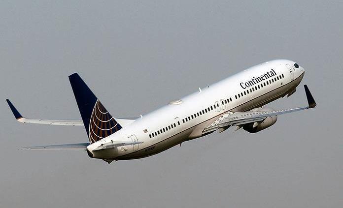 Encuentran fisuras en pieza aviones Boeing 737