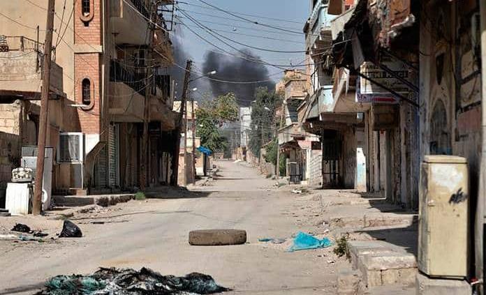 Intenso fuego cruzado en el tercer día de ofensiva turca en noreste de Siria