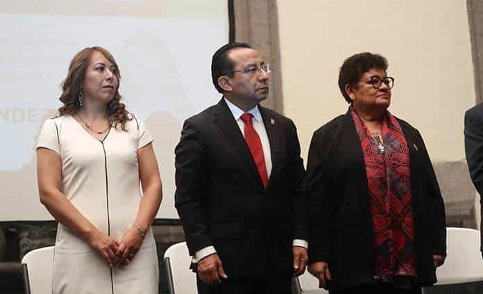 """La PGJ ofrece disculpa pública a """"La Lore"""""""