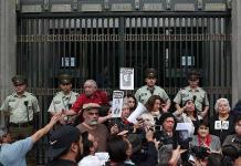 Chilenos reclaman verdad y justicia