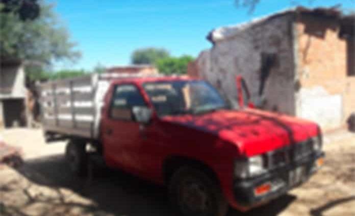 """Presunto """"narco"""" andaba en camioneta robada"""