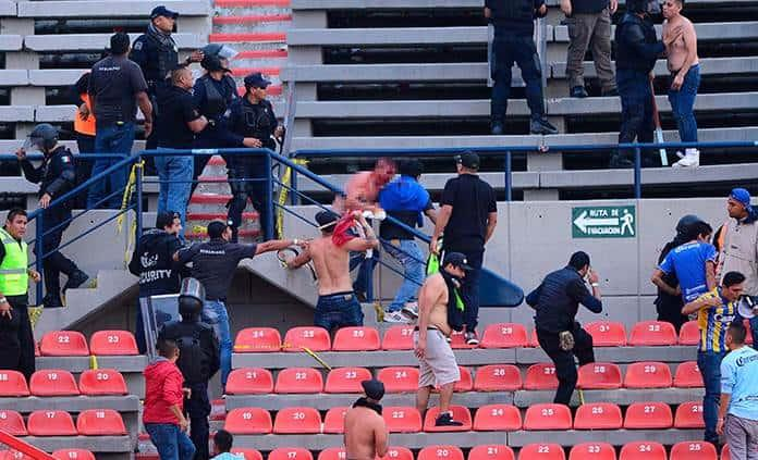 Así combate la Liga MX la violencia en los estadios
