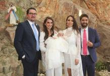 Alexa Alvarado Lastras recibe sacramento del bautismo