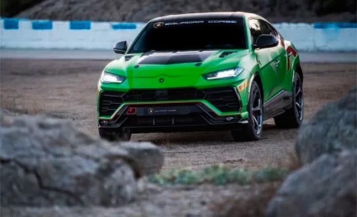 Lamborghini presenta su primera SUV para carreras