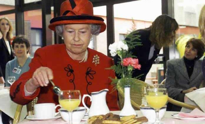 Isabel II, reina saludable