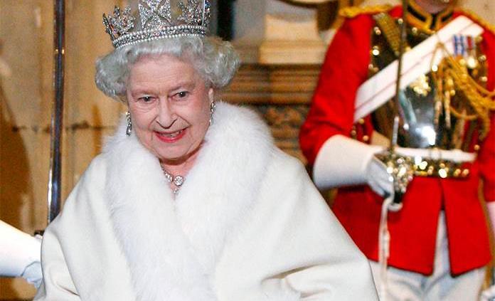 Nuevas prendas de la reina Isabel no incluirán pieles