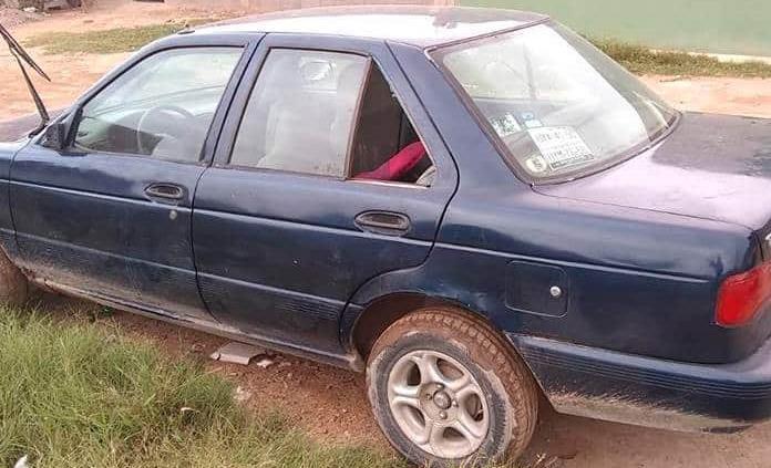 Recuperan auto robado desvalijado