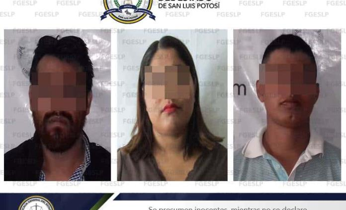 Vinculan a proceso a mujer y dos hombres por secuestro simulado en Ciudad Valles