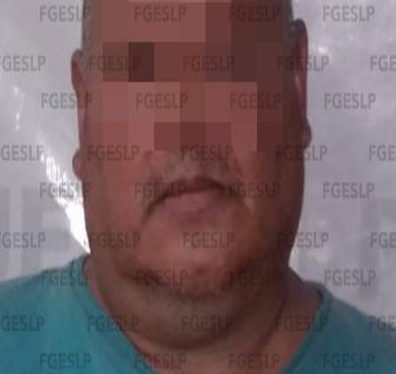Arrestan a hombre acusado de homicidio en Valles