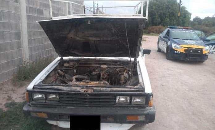 Hurtan camioneta para quitarle la batería