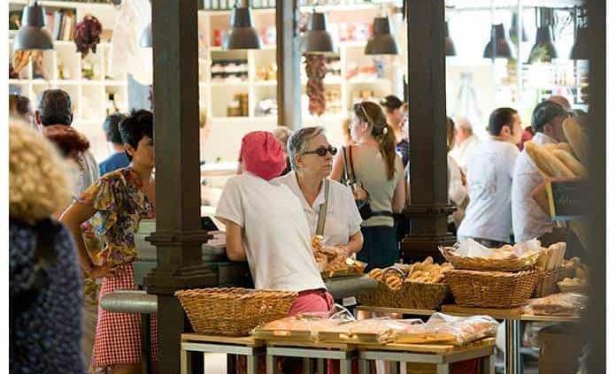 Mercados gastronómicos atraen a consumidores jóvenes