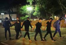 Estudiantes dejan campus en Hong Kong