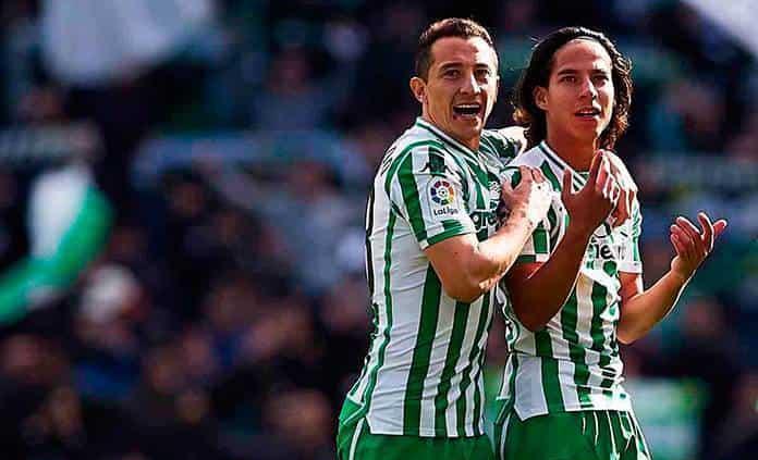 Andrés Guardado quiere lo mejor para Diego Lainez