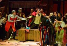 Ovacionan el Musical El Jorobado en Notre Dame
