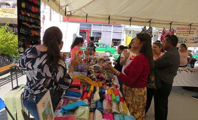 Culmina la Expo Mujer Artesanal en Matehuala
