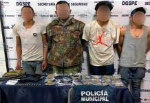 Tras persecución caen cuatro hombres con armas de fuego y drogas