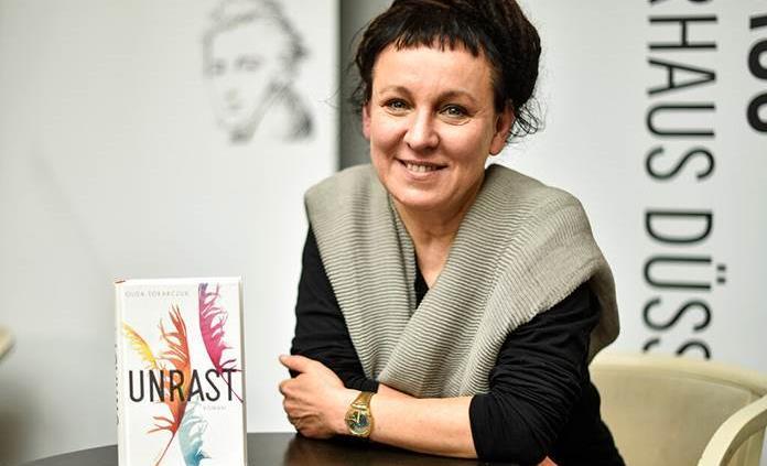 Ganadora del Nobel de Literatura apoya artes y derechos civiles