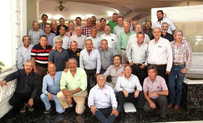Generación del Instituto Potosino celebra 49 años de egresados