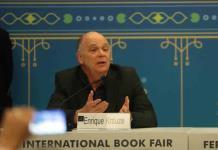 Enrique Krauze siente que en México pueden caer las libertades