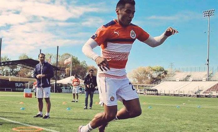Gallito Vázquez estaría cerca de regresar a Chivas