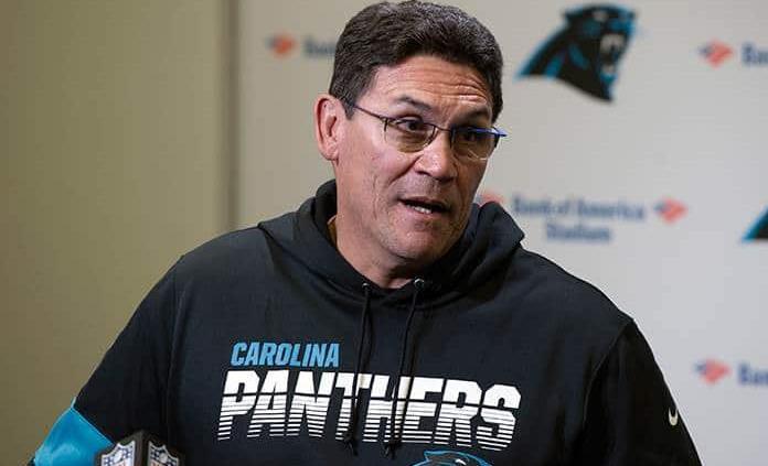 Los Panthers despiden al entrenador Ron Rivera