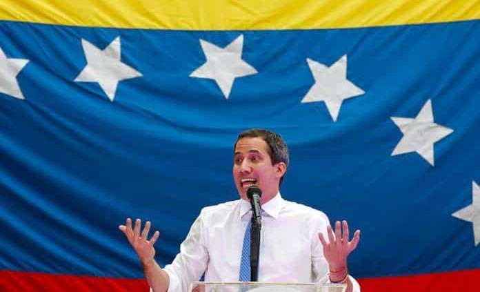 Guaidó anuncia que inició pago del bono