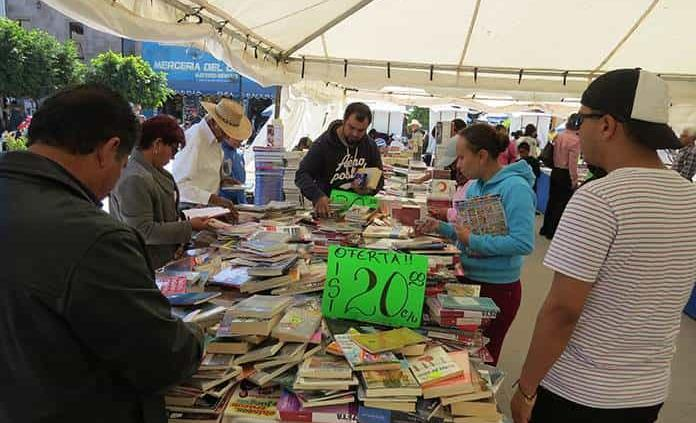 Arrancó la XVI Feria del Libro del Desierto