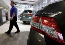 Cayeron 8% ventas de autos nuevos