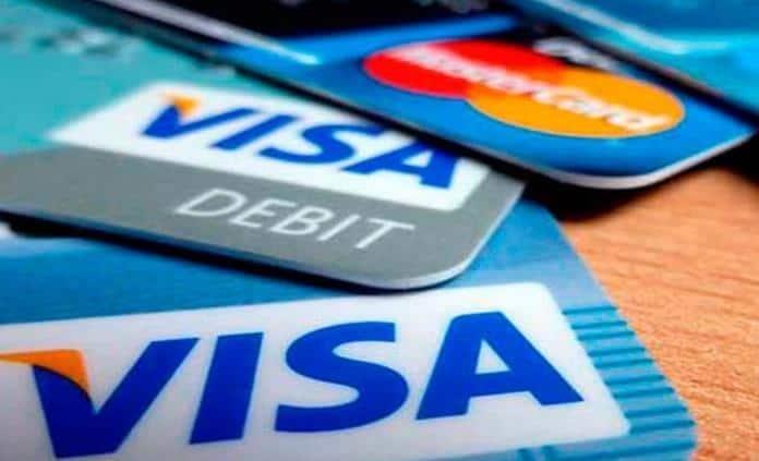 Mexicanos dejaron de gastar 963 mdp con tarjetas de crédito: Condusef