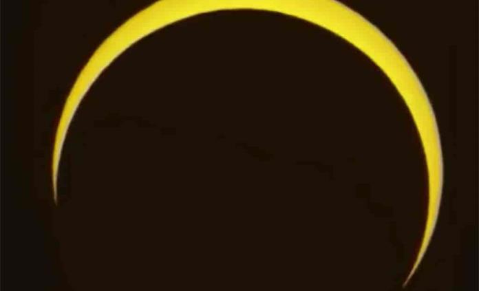 El primer eclipse solar anular de 2021 creará el llamado anillo de fuego