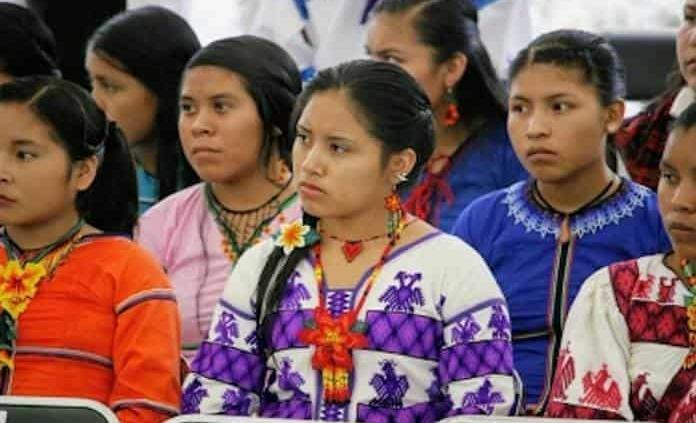 Indígenas revitalizan lenguas originarias
