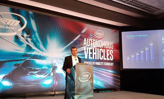 Taxi robot llegará pronto tras avance en vehículos autónomos, según Mobileye