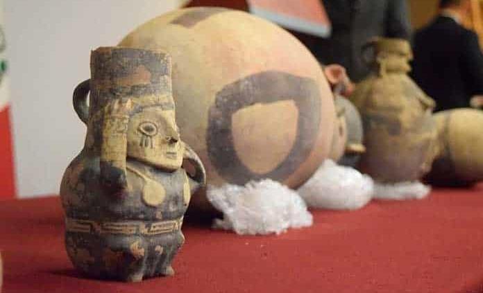 México regresa un lote de bienes culturales a Perú