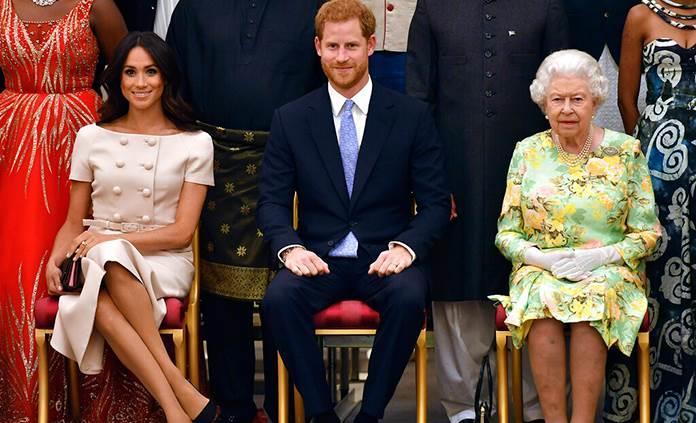 La Monarquía británica busca contrarreloj una solución factible al Megxit
