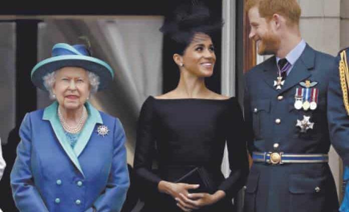 Isabel II accede a que Enrique y Meghan vivan un tiempo en Canadá