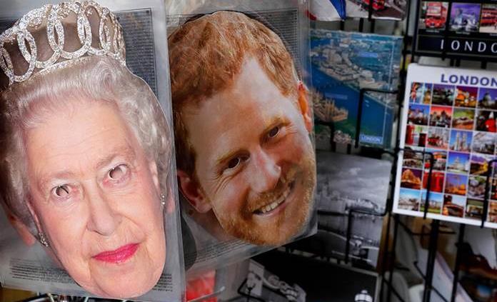 Premier británico confía en que la familia real podrá resolver sus problemas