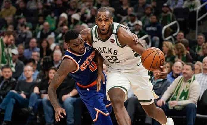 Arrolla Bucks a Knicks y continúa espectacular