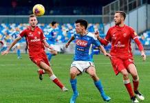 Chucky Lozano fue titular en el triunfo de Nápoles-Perugia