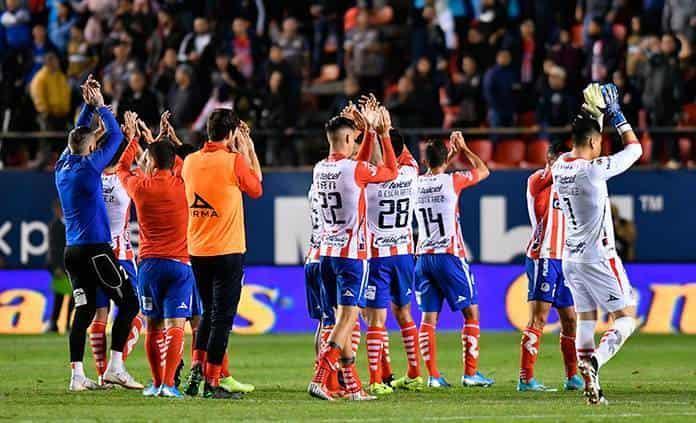 Argentino Maxi Meza marca doblete en victoria del Monterrey ante Celaya