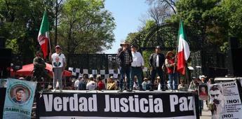 Activistas duermen en Zócalo de CDMX