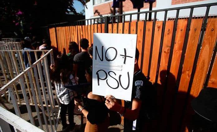 Nuevos disturbios durante examen de ingreso a universidades chilenas